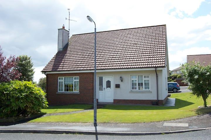 4 bedroom house near Royal Co Down