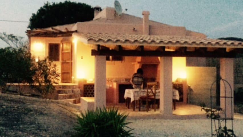 Kleine Finca (Rustico) in bester Lage auf Mallorca - Es Carritxo - Ev