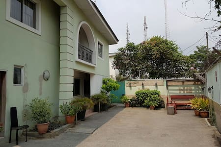 Studio Apartment Victoria Island