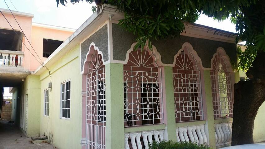 The smalls estate