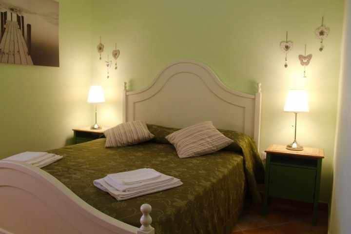 Camera matrimoniale con bagno privato e  colazione inclusa