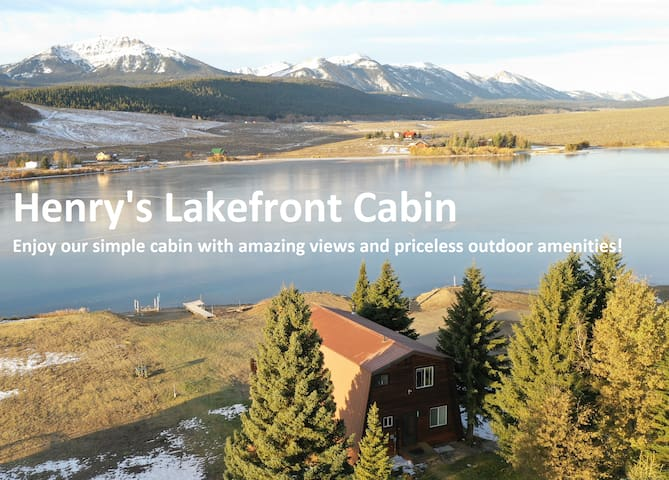 Henry's Lakefront Cabin +Boats+Fishing+Views+More!