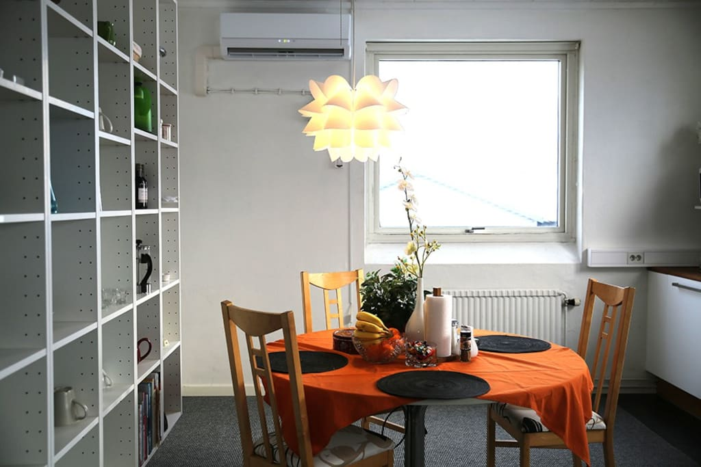 Dinner table and heater/air-con