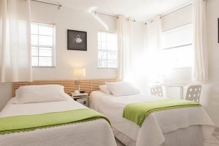 Studio Twin Room, Steps from the Beach!