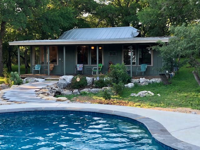 Secluded rural guest house centrally located.