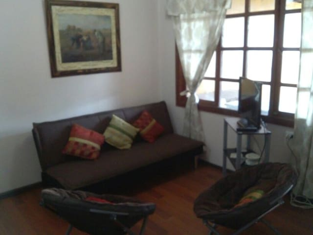 Amplio departamento excelente ubicación equipado - Temuco - Apartment