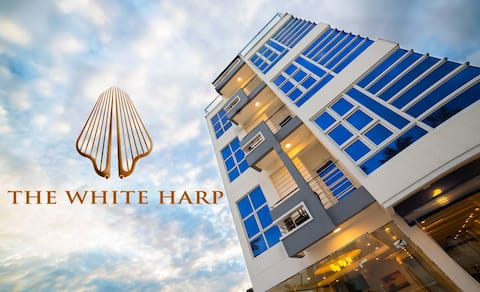 SEAVIEW  - WHITE HARP BEACH HOTEL