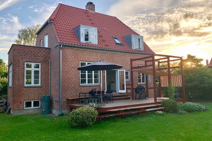 Lovely house close to the center of Copenhagen!