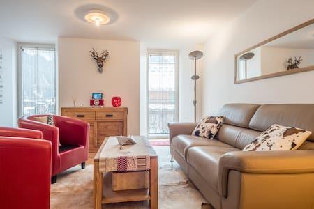 Feel like home. Brand new 4 bd flat in Les Praz - Chamonix-Mont-Blanc - Apartamento