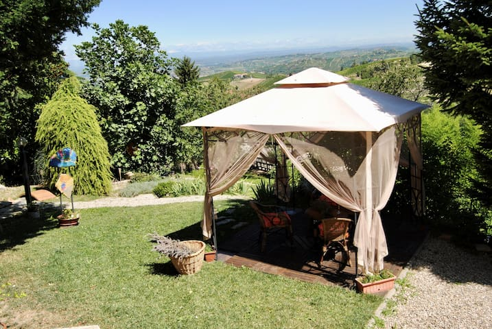 NEW OPENING Langhe Countryhouse with stunning view