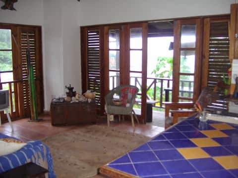 Appartment in Charming Caribbean Cottage
