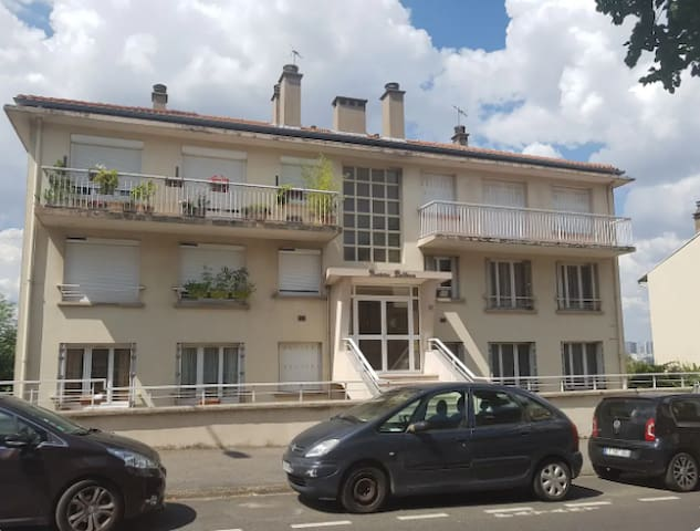 Charming appartement south of Paris - Issy