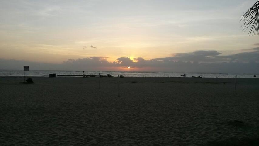 A Beira Mar e Perto de Tudo