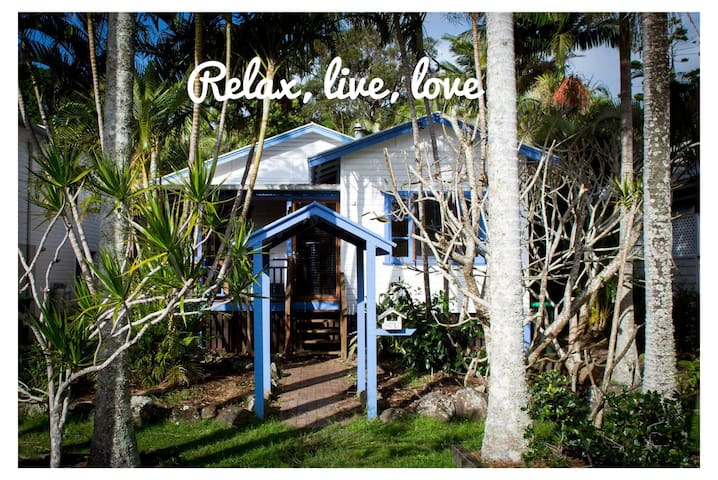 Milly's Beach House Byron | Pet & Kid friendly