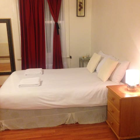 Large Double Room.