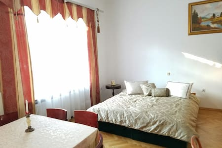 Large place sleeps 5 city center ! - Kielce