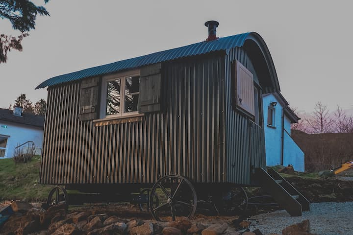 Loch Eyre Shepherd Hut with Log Burning stove.