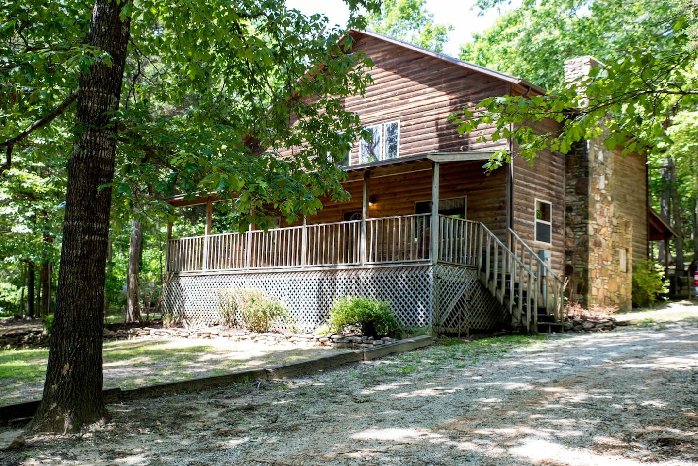 buffalo farmhouse efbb located arkansas centrally river cabins rental jasper cabin