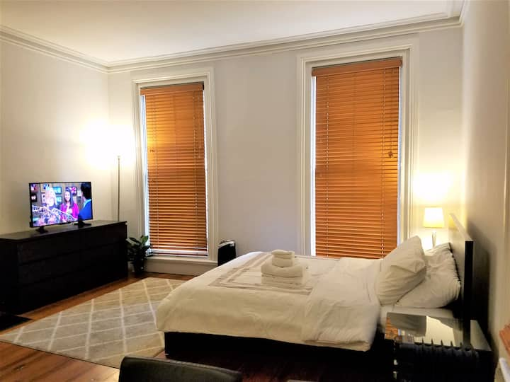 Comfy Studio near JHU. HBO/Netflix.