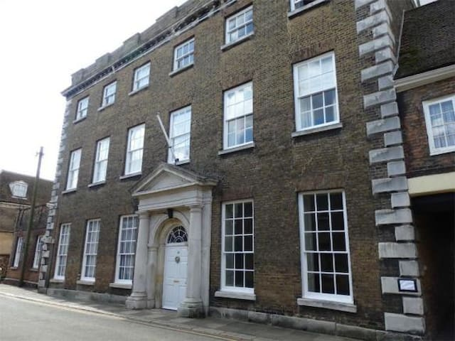 Historic House Grade II* - King's Lynn - Pis