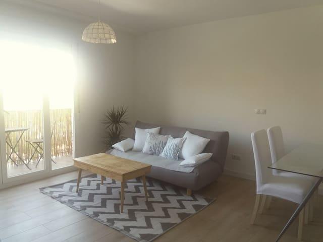 Lightly apartment Madrid by Matadero & MDR Río
