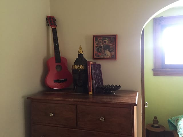 Eclectic arts and crafts bungalow