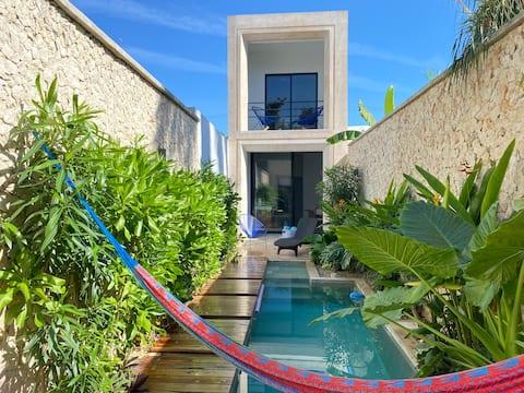 Casa Picasso, Beautiful Design House, Top location