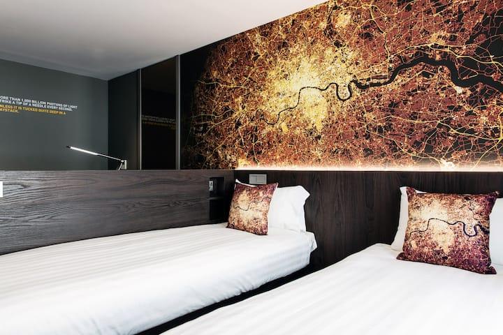 Quad room - Luma Concept Hotel