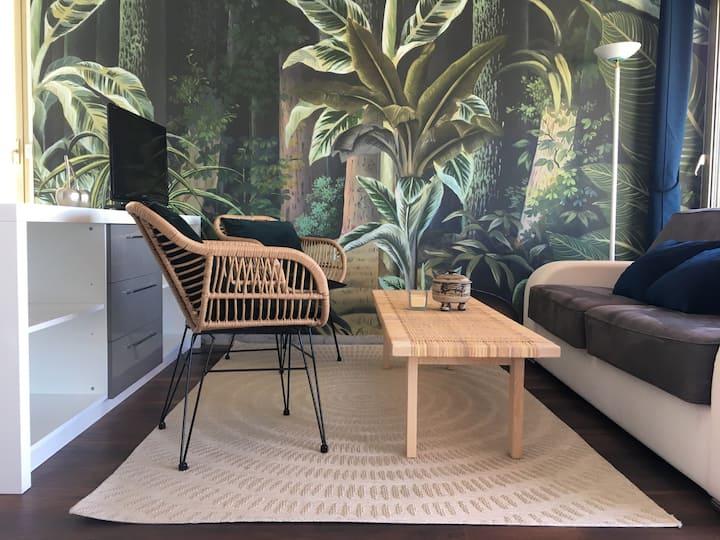 Grand Studio: vue magnifique ! Piscine et terrasse