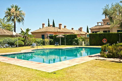Villa Maria, your Luxury Retreat with a quiet pool