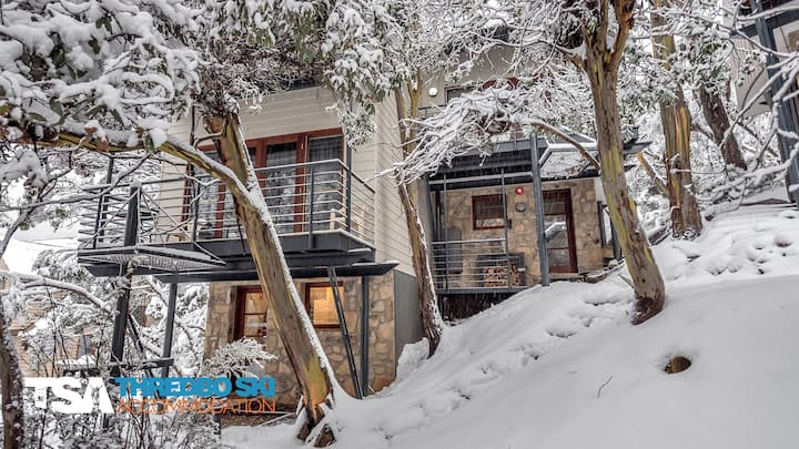 Mosswood Mountain Chalet