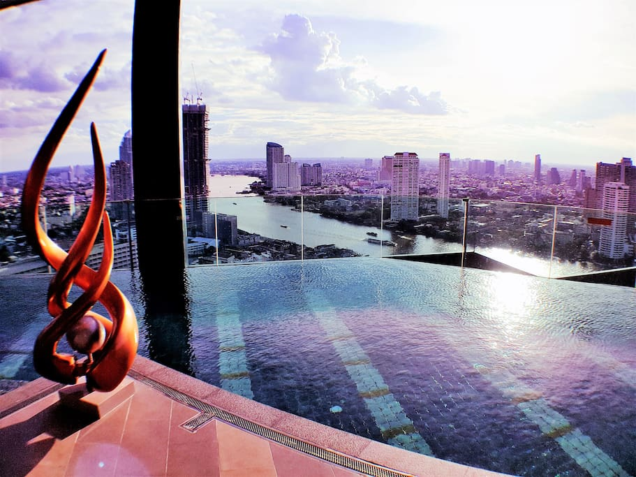 Infinity pool with panorama view