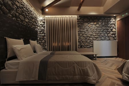 Meteora -Panoramic cozy Luxury room - Aamiaismajoitus