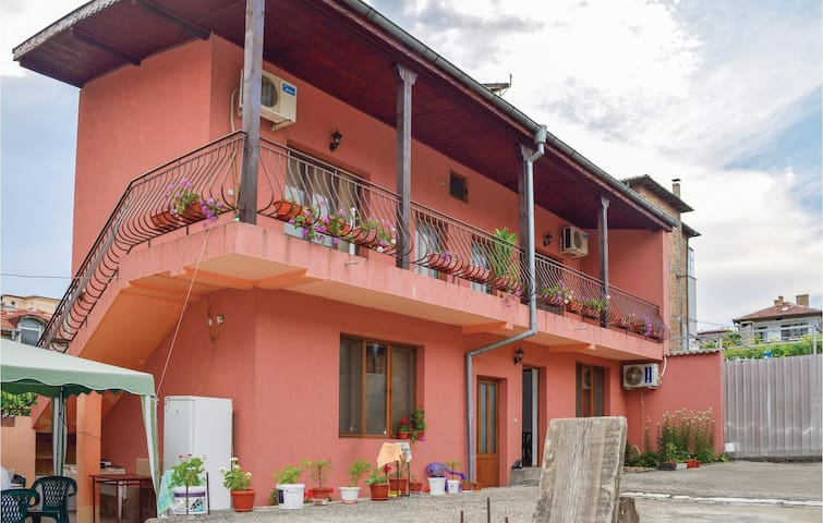Holiday cottage with 3 bedrooms on 60m² in Tsarevo