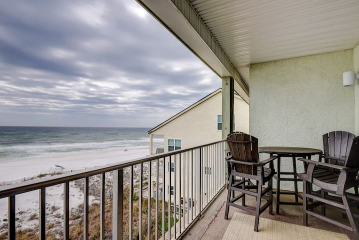 Stylish gulf front condo w/ shared pools, keyless entry, and free WiFi & cable!