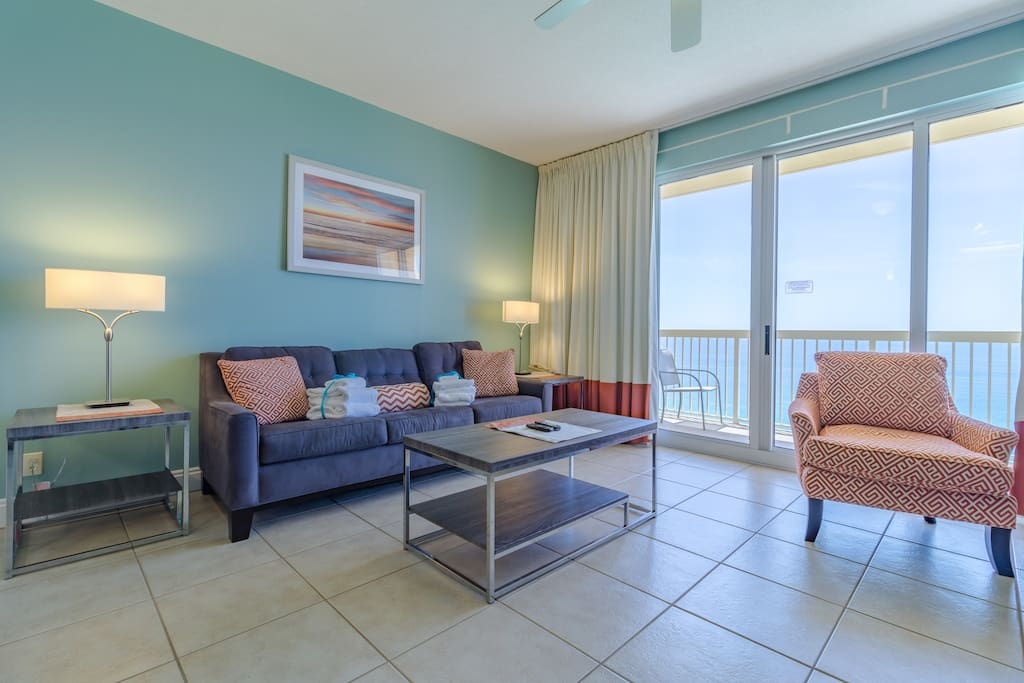 Gorgeous, Bright, and Spacious 1 Bedroom Condo features an Abundance of Stunning Gulf Views!