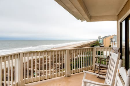 Sunny 2BR Surfside Beach Condo - Surfside Beach