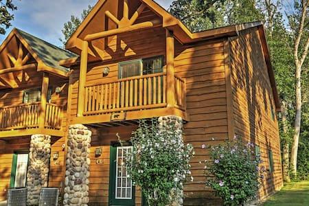 Quaint 2BR Utica Cabin w/Fireplace - North Utica