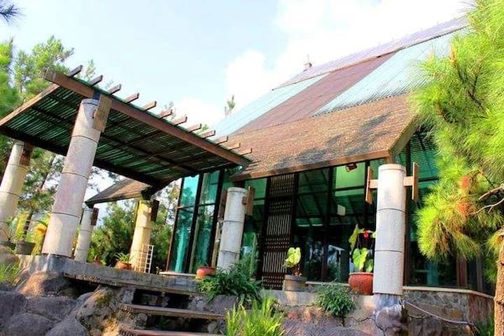 De Pinus I - Jawa Barat - Villa