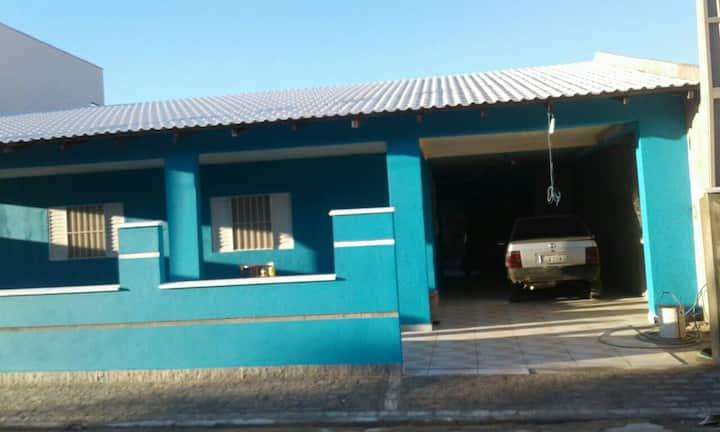 Casa na Praia de Piçarras - Santa Catarina