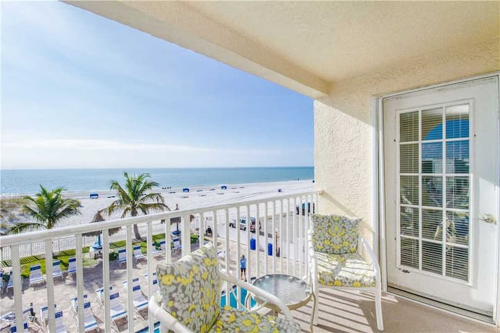 Direct Beach Front Luxury Corner Unit with Gulf & Beach Views Galore! Free Wifi - #206 Beach Place Condos