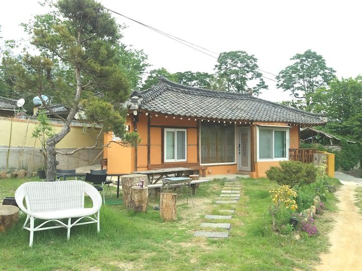 Korean traditional pension /일광횡계한옥민박