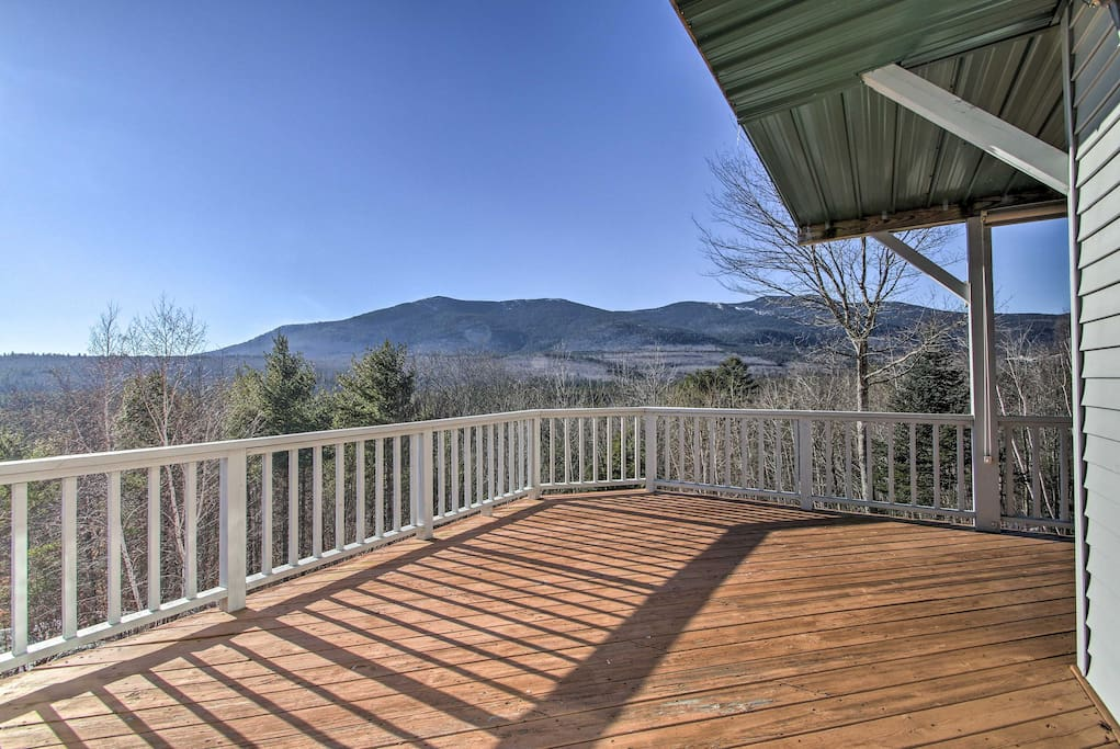 Enjoy unobstructed White Mountain views!