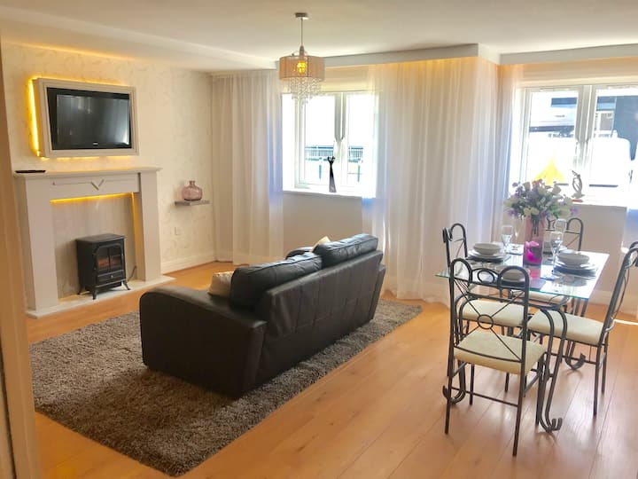 All Yours! - Stunning serviced 1 bed Apartment