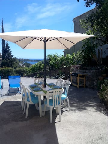 Apartment with waterfront and mountain view - Saint-Raphaël - Flat