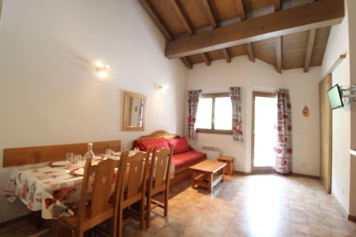 BONB35M - Spacious apartment for 6 persons near the slopes