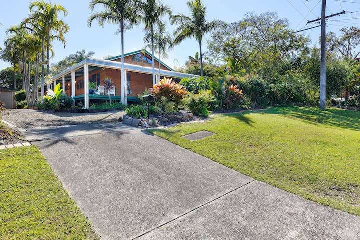 The property is a large, spacious  four bedroom Beach house with wrap around veranda & private rear deck area