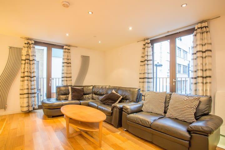 Central Holborn House Roof Terrace 3br Air-Con