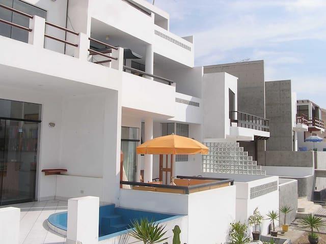 Casa Linda y Dptos- Puerto Fiel - ลิมา - อพาร์ทเมนท์