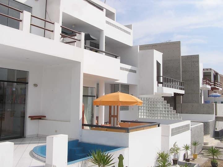 Casa Linda y Dptos- Puerto Fiel